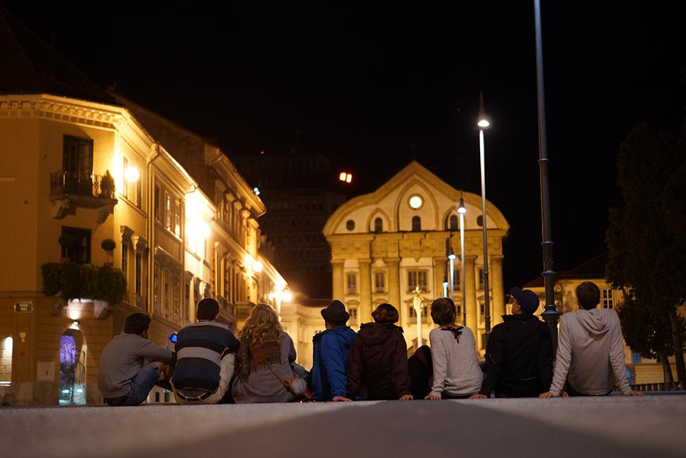 Die achtköpfige Doku-Workshop-Crew im slowenischen Maribor.